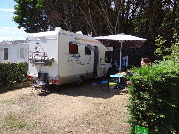 emplacement camping car bretagne